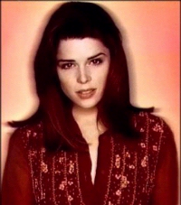 BabeStop - World's Largest Babe Site - neve_campbell071.jpg