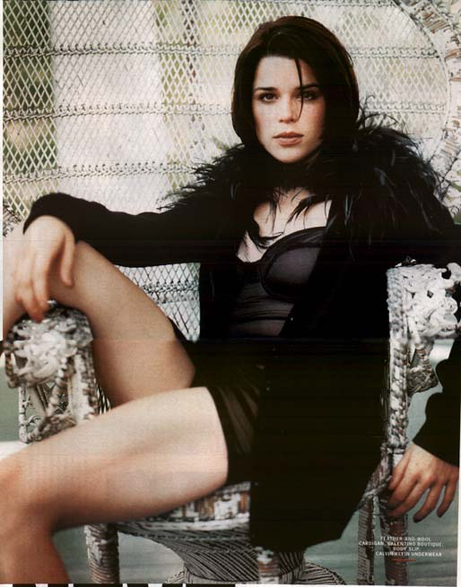 BabeStop - World's Largest Babe Site - neve_campbell086.jpg
