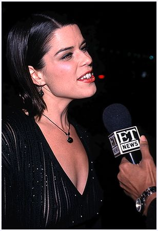 BabeStop - World's Largest Babe Site - neve_campbell089.jpg